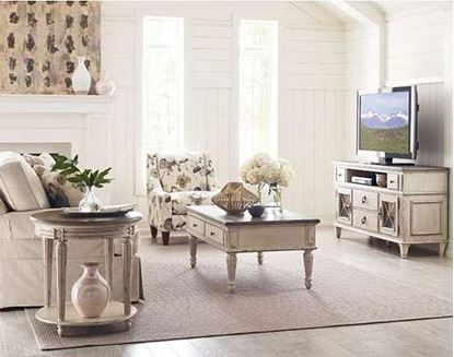 Southbury Living Room Collection