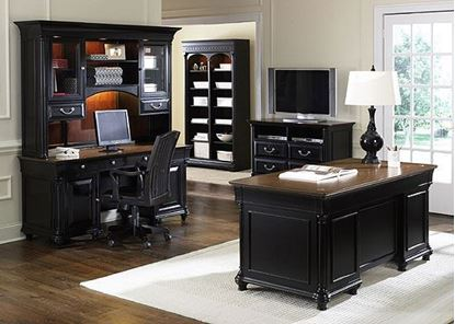 St Ives Jr Executive Office