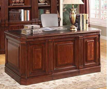 Wellington Executive Desk