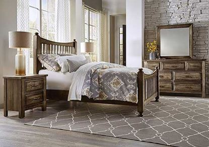 Maple Road Slat Poster Bedroom - Villa Style